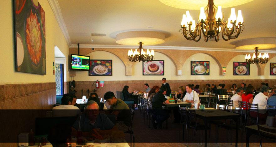 La casa de to o restaurante y pozoleria - Casas en tomino ...